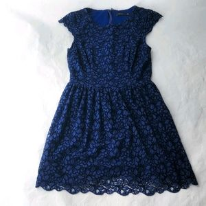 Aritzia Talula Blue Belgravia Lace Dress Sz 4
